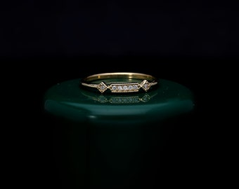 Vintage Style 14k Solid Gold Diamond Ring