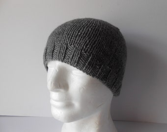 4a7a89dbb0e Hand knit grey beanie hat. Men s knitted gray hat