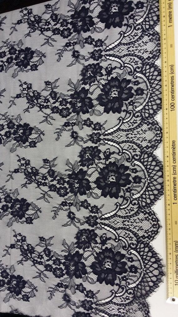 Tissu dentelle bleu foncé Français dentelle dentelle Chantilly dentelle dentelle mariée mariage dentelle soirée robe de dentelle festonnée Floral dentelle Lingerie dentelle L77493 c7c634
