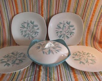 Midwinter Cassandra - Vegetable Tureen & Four Dinner Plates