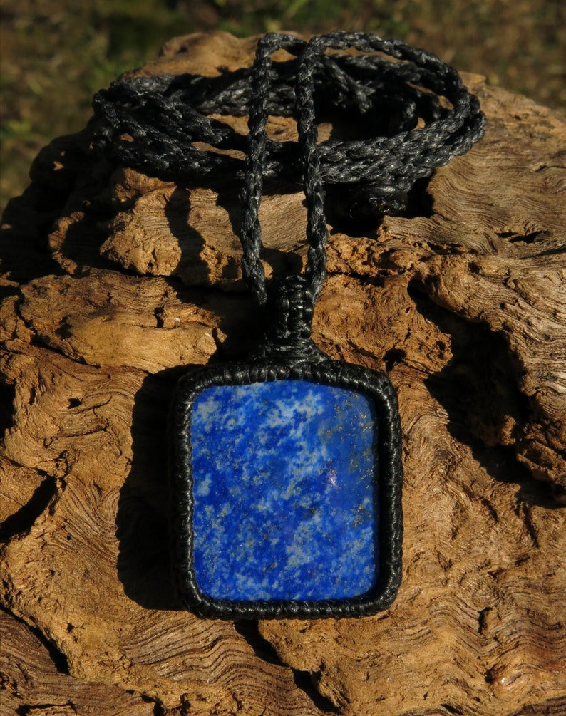 alleviates emotional pain gem therapy antidepressant blocks psychic attack Lapis Lazuli from Afghanistan in handmade macrame necklace