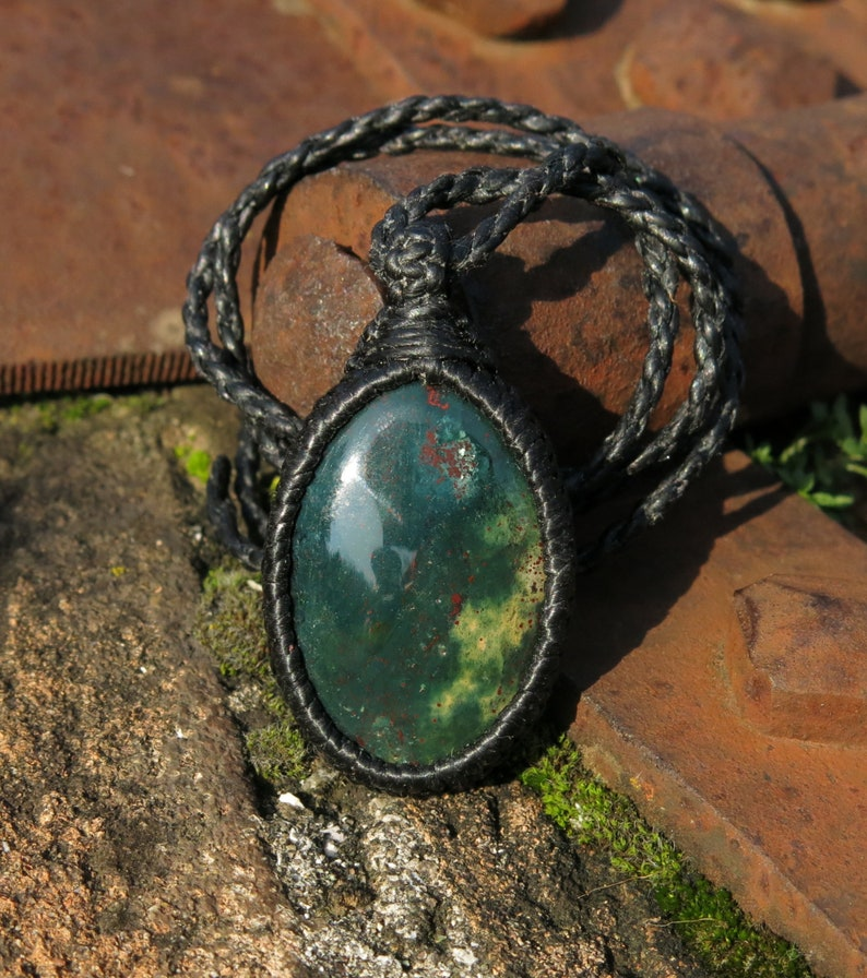 gem therapy psychic protection Bloodstone necklace in macrame knotting technique aries birthstone unisex Dragon blood gives courage
