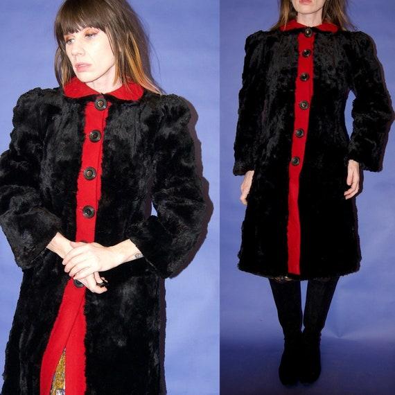 Beautiful Vintage 1920's/30's RED Wool Trim & BLAC