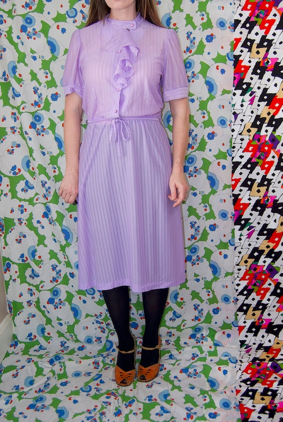 Vintage 1970's Pastel LILAC & Silver Belted RUFFL… - image 10