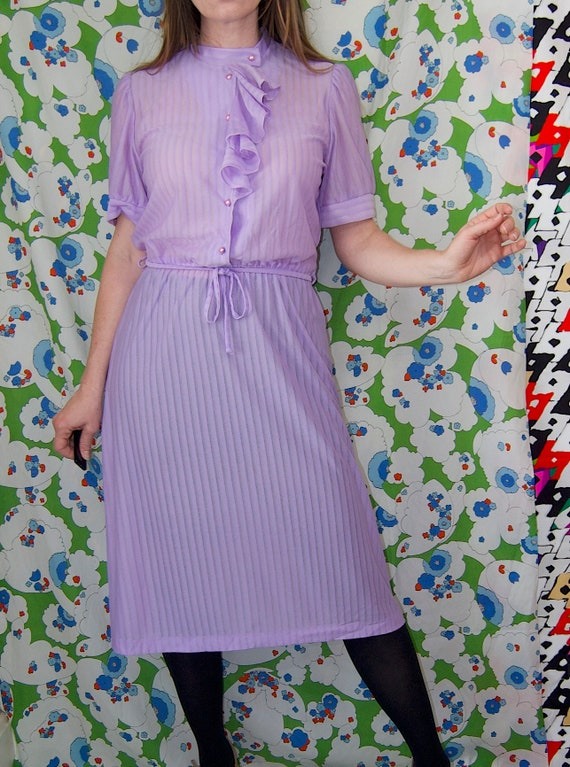 Vintage 1970's Pastel LILAC & Silver Belted RUFFL… - image 8