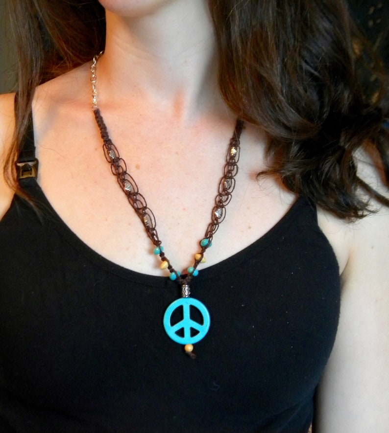 dark brown hemp and turquoise with adjustable length Macrame necklace with peace sign