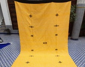 Moroccan Handmade Blanket Throw - All Merino Wool - Yellow with Black Ends - Queen Size - 6 39 3 quot x 9 39 8 quot (295cm x 192cm)
