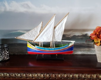 Model ship - traditional Maltese Luzzu sailboat with CLOTH sails