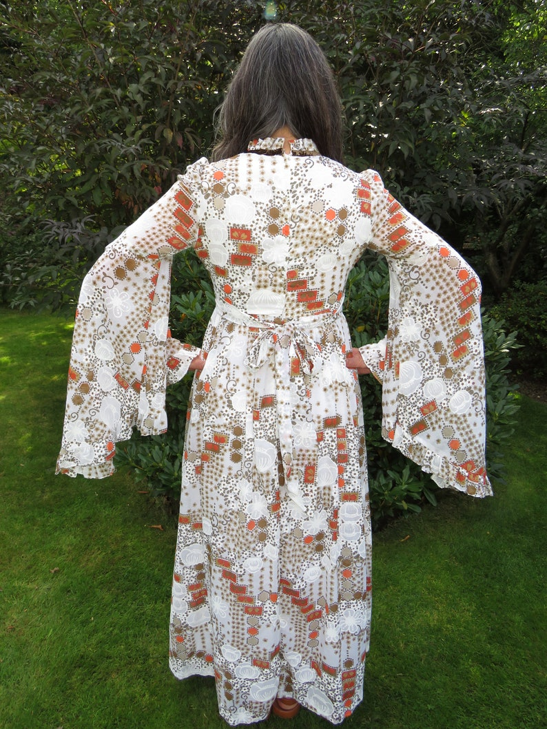Vintage 1970s Angel Sleeve Folk Medieval Country Dancing Maxi Dress with High Collar and Velvet Trim
