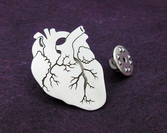 Anatomical heart pin in silver, Biology gift, heart brooch, science jewelry, Anatomical heart Lapel pin, gift for cardiologist, men jewelry