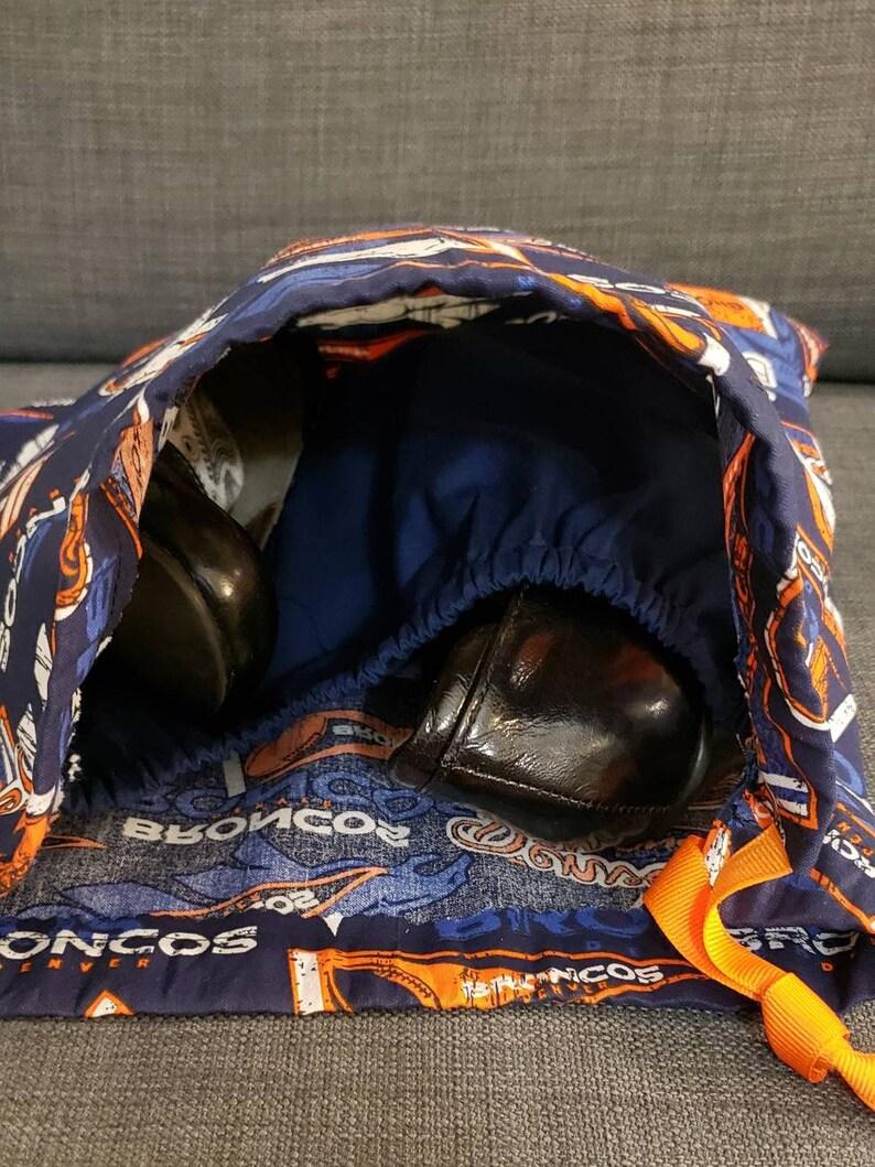 Denver Broncos shoebag with divider; drawstring shoebag