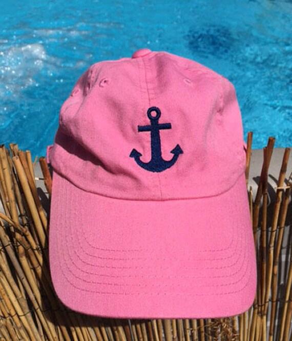La femme brodé ancre profil bas bonnet rose vif et délavé bleu   Etsy 67589b0b2f6