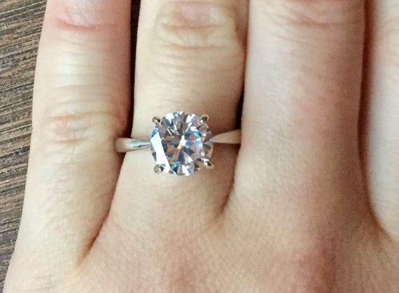 Solitaire Diamond Engagement Ring 2 carat Man made Diamond  ff6613ad0b
