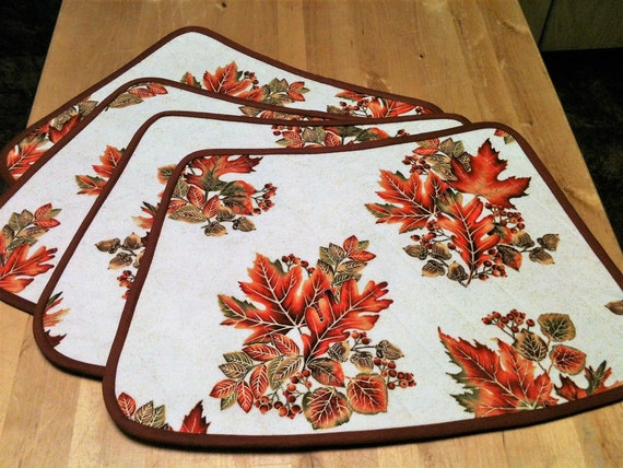 Beautiful Wedge Autumn Leaves Placemats Round Table Design Vivid Colors Metallic Highlights Set Of Four Scotchgard Treated