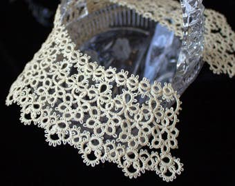 Beige lace wedding collar Ivory tatted lace Tatting necklace Bridal Detachable collar Tatting jewelry Frivolite Filigree Occhi Boho