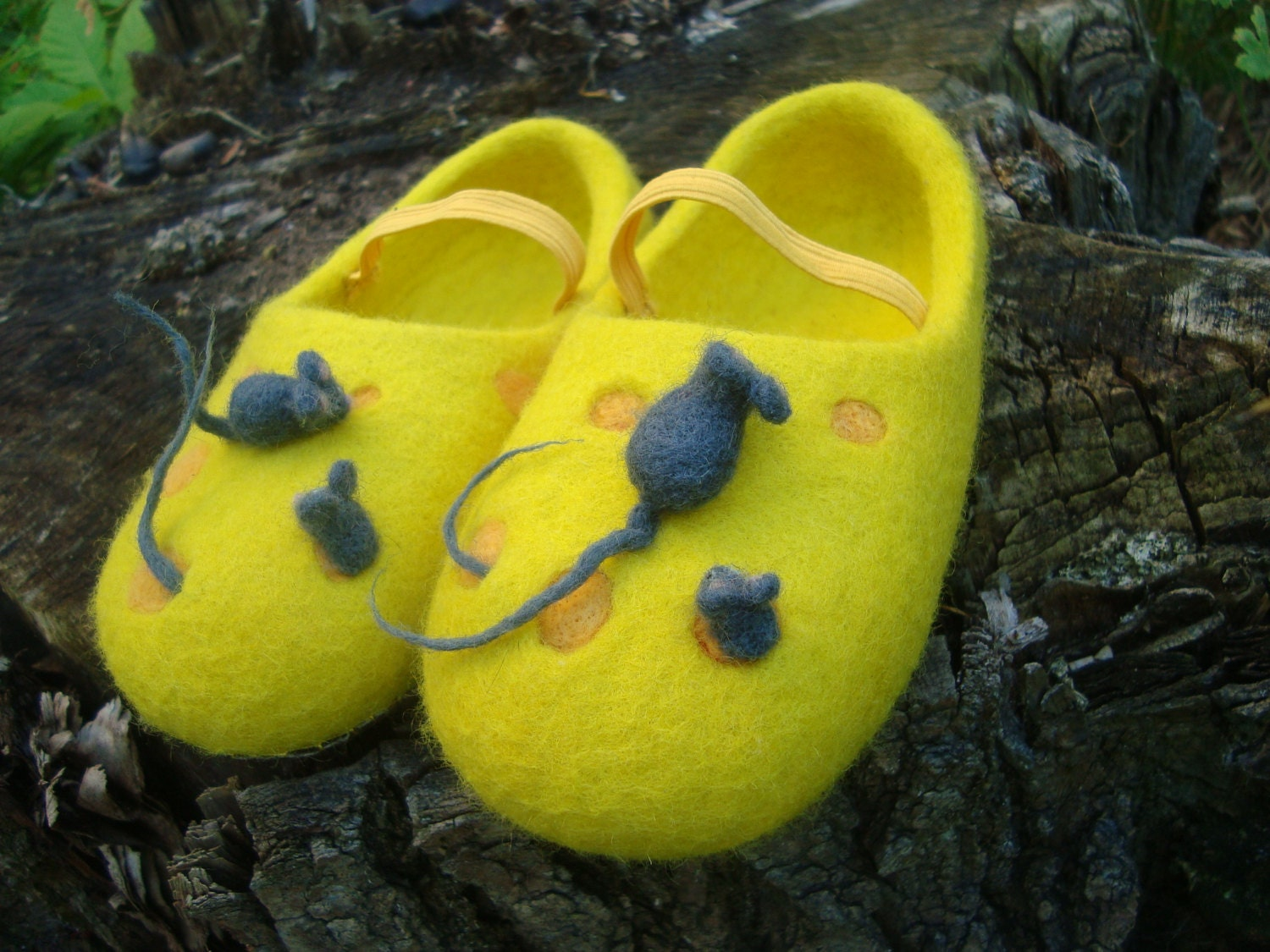 Felt yellow house slippers Felted wool clogs Personalized Cheese Mouse lover gift Personalized clogs shoes Comfortable footwear Custom order Funny flats 613958