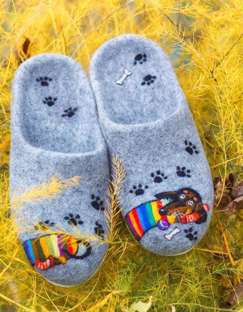 fa0523a0d872a Felt grey house shoes Dachshund Woolen slippers Needle felt Personalized  dog's portrait Hunter badger-dog Custom pet art Rubbery sole