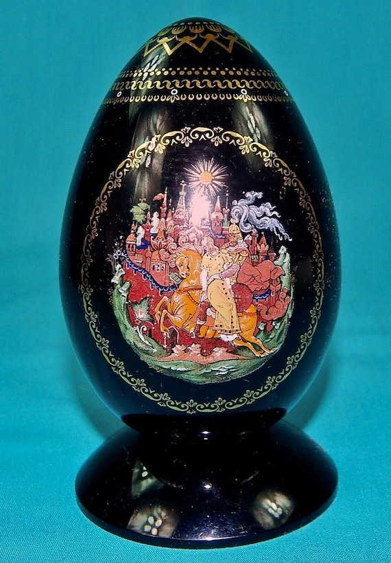 Russian Russia Palekh Handpainted 24K Gold Signed Ruslan /& Ludmila Porcelain Egg Gift for Her Wife Gift Girlfriend Gift