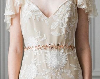 Delicate Leaf Sash, Wedding Sash, Bridal Belt, Gold Silver Leaf Sash, Leaf belt, Bridal sash, leaf belt, greek goddess, boho, bohemian #401