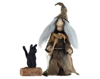 Felt witch figurine with black cat, Baba Yaga doll, fairytale home decor, scarry Halloween ornament, fiber decoration, fantasy figurine [F9]