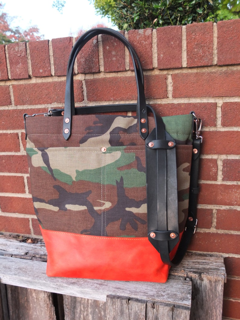Camo Tote with Leather BottomLeather HandlesShoulder StrapZipper Closure Large Camo /& Orange Color Blocked Tote