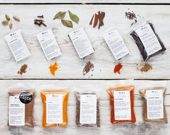 Nine Indian Spices - Curry Spices - gift for chef - gift for curry lover - Spices & Seasonings - curry kit - Vegetarian Vegan - Food Gift