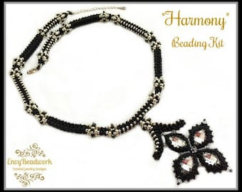 """Only Beads Kit: """"Harmony"""" Necklace in English D.I.Y."""