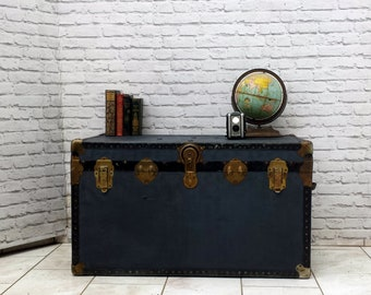 Vintage Retro Medium Metal Tin Steamer Travel Trunk Case Toy Box Storage Chest Antiques