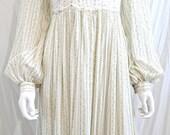 1970s Gunne Sax Floral Maxi Dress Cottagecore Calico Prairie Dress