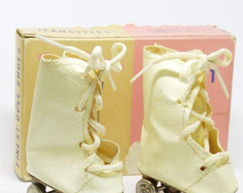 8d9e262c0a 1950s Dollys Finest Doll Shoes Roller Skates New In Box Jeanstyles Roller  Skates For 18 Inch Dolls