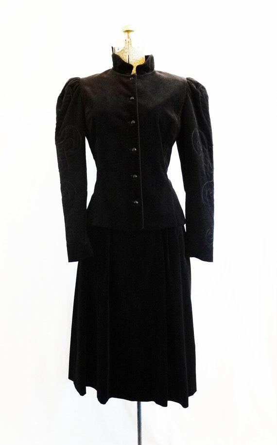 Late 1970s Patty Woodard Black Velvet 2 Piece Suit