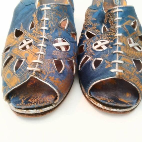1940s Blue Peep Toe Wedge Beach Sandals Post WW2 … - image 4