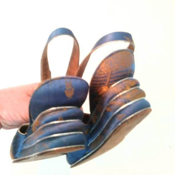 1940s Blue Peep Toe Wedge Beach Sandals Post WW2 … - image 6