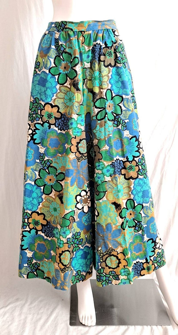 1970s Floral Palazzo Bell Bottom Pants - image 9