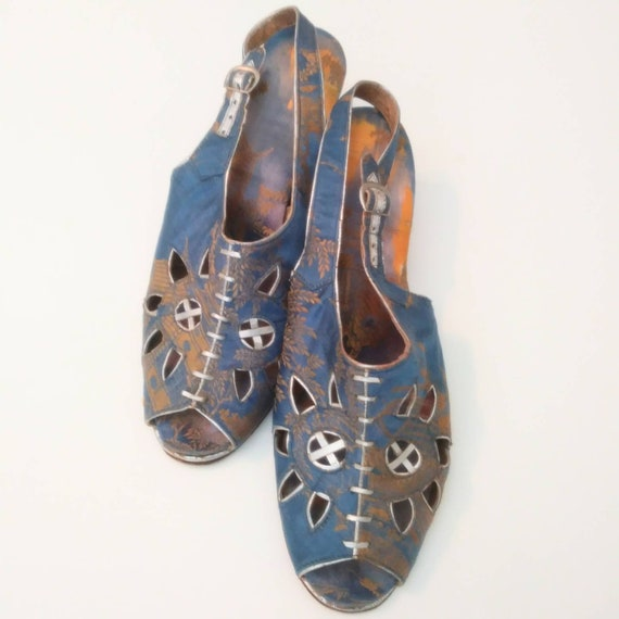 1940s Blue Peep Toe Wedge Beach Sandals Post WW2 … - image 2