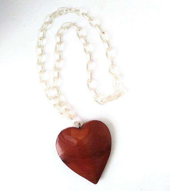 Vintage 1940s Sweetheart Celluloid Choker Pendant