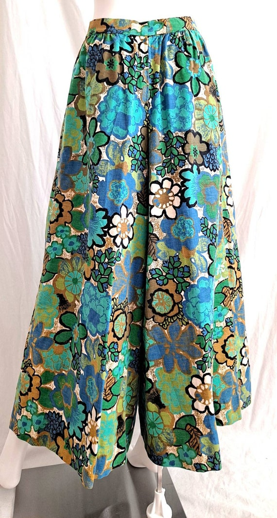 1970s Floral Palazzo Bell Bottom Pants - image 3