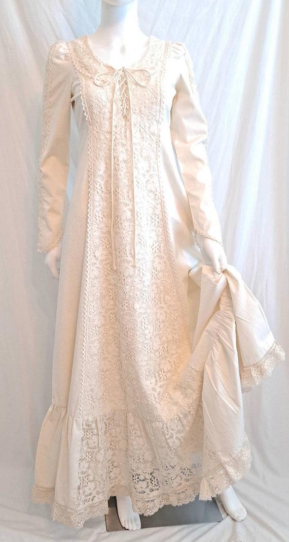 Vintage Gunne Sax Cream Maxi Wedding Dress Crochet