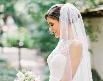 Fingertip length Wedding Bridal Veil, white veil, ivory veil, Wedding veil, bridal Veil, Fingertip veil, bridal veil cut veil, tulle veil