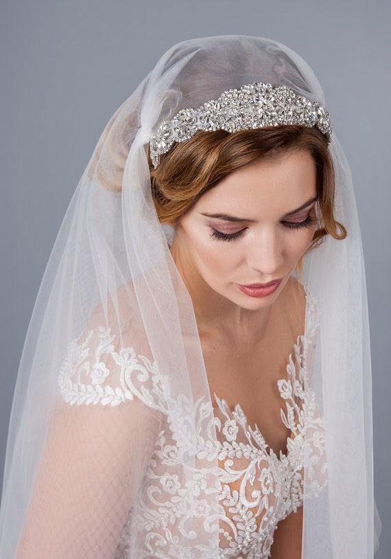 Great Gatsby Bridal Veil Crystal Rhinestone Juliet Cap Veil 1920s Inspired Wedding Veil Juliet Veil Bridal Cap Veil Rochelle Cap Veil