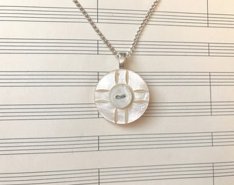 Sterling Silver Vintage Mother of Pearl Button Pendant Necklace