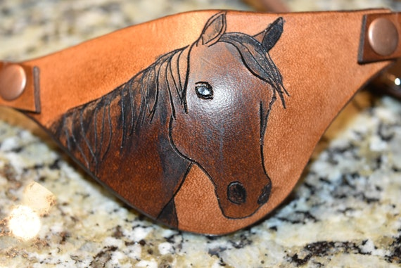 Horse Leather eye patch For horse with damaged eye adjustable with buckle