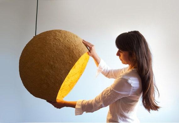 lampada a sospensione di cartapesta jupiter lampada etsy. Black Bedroom Furniture Sets. Home Design Ideas