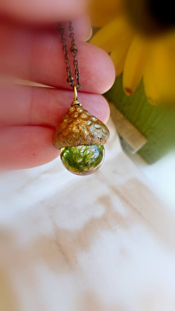 Real moss necklace  Terrarium necklace  Nature orb necklace Rustic pendant gift  Nature fall wedding gift Bridesmaids gift FREE SHIPPING