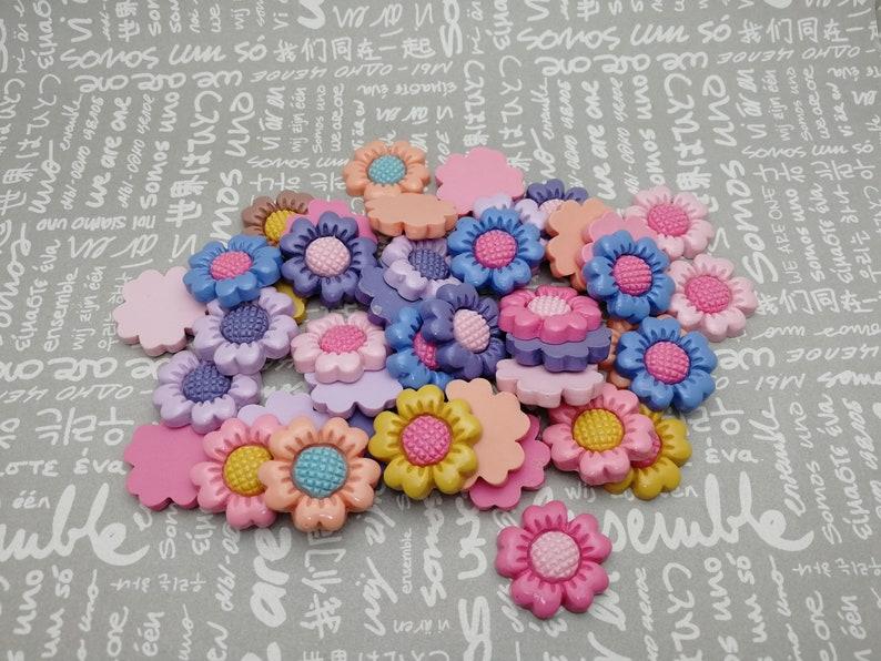 100pcs 22mm plastic flower floral flat back cabochon charm resin acrylic decoden kawaii phone case flatback cab decoration bead pendant AP63