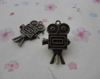 30pcs antique bronze metal movie camera charm , metal movie camera pendant  28x39x5mm--CP548
