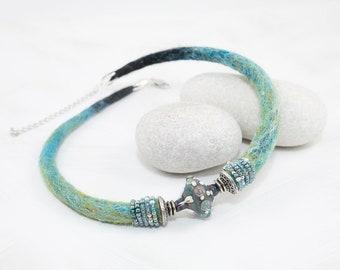 Necklace-Choker-Statement Necklace, collar-Embroidery-lampwork bead-Aqua blue