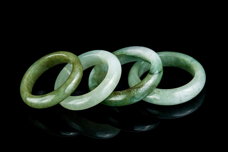 Green Jade Ring image 0