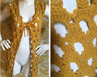 SALE! 60s 70s Vintage Crochet Vest Small Medium