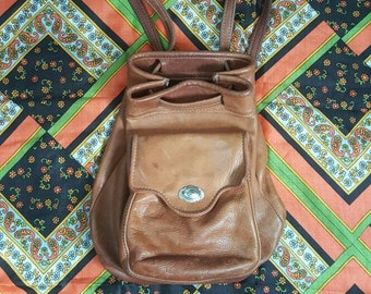 67ed3513081 90s Vintage Brown Leather Backpack Handcrafted Bucket Bag Love Street  Salvage